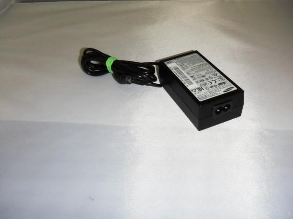 Samsung Netzteil Ladegerät AC Adapter 35W 14,0V 2,5A A3514FPN B *5