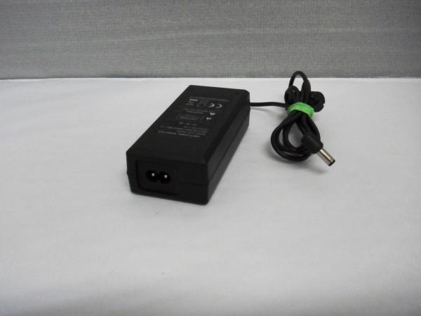 Sun Netzteil Ladegerät AC Adapter 36W 12V 3A SUN-1200300 B *39