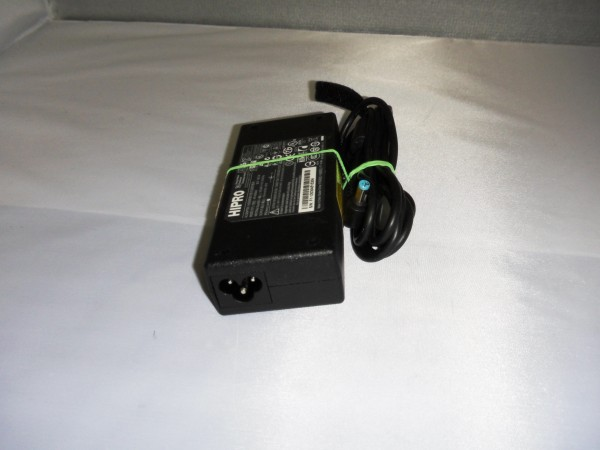 Acer Hipro Netzteil Ladegerät AC Adapter 90W 19V 4,74A HPA0904A3 B *11