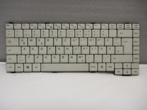 Fujitsu QWERTZ Keyboard Amilo Pro V-8010 gray DE 10600431749 V B #31