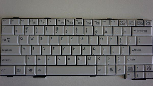 Fujitsu QWERTY Keyboard Lifebook S760 T901 US CP503704-01 V B #21