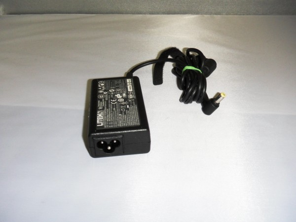 Acer Lteon Netzteil Ladegerät AC Adapter 65W 19V 3,42A PA-1650-86 *10