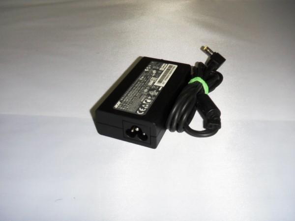 Acer Netzteil Ladegerät AC Adapter 65W 19V 3,42A PA-1650-86 B *6.1