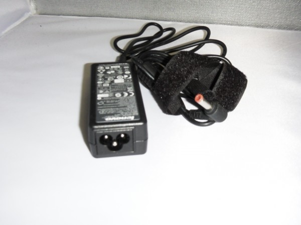 Lenovo Netzteil Ladegerät AC Adapter 40W 20V 2,0A 36001653 B *27