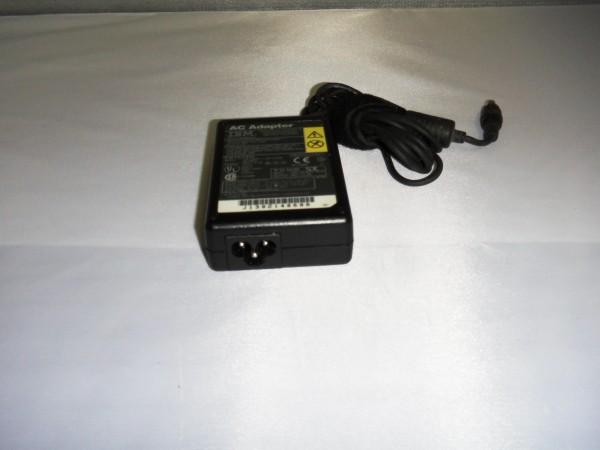 IBM Lenovo Netzteil Ladegerät AC Adapter 35W 16,0V 2,2A 12J1448 B *3