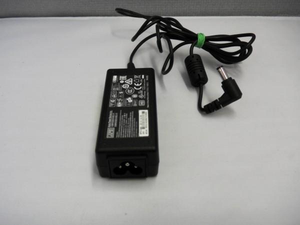 APD Netzteil Ladegerät AC Adapter 40W 19V 2,1A Replacemet DA-40A19 B *24