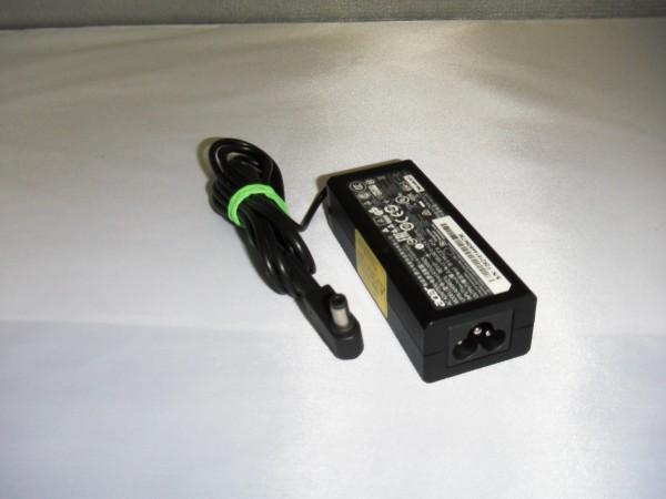 Acer Netzteil Ladegerät AC Adapter 45W 19V 2,37A A13-045N2A B *6